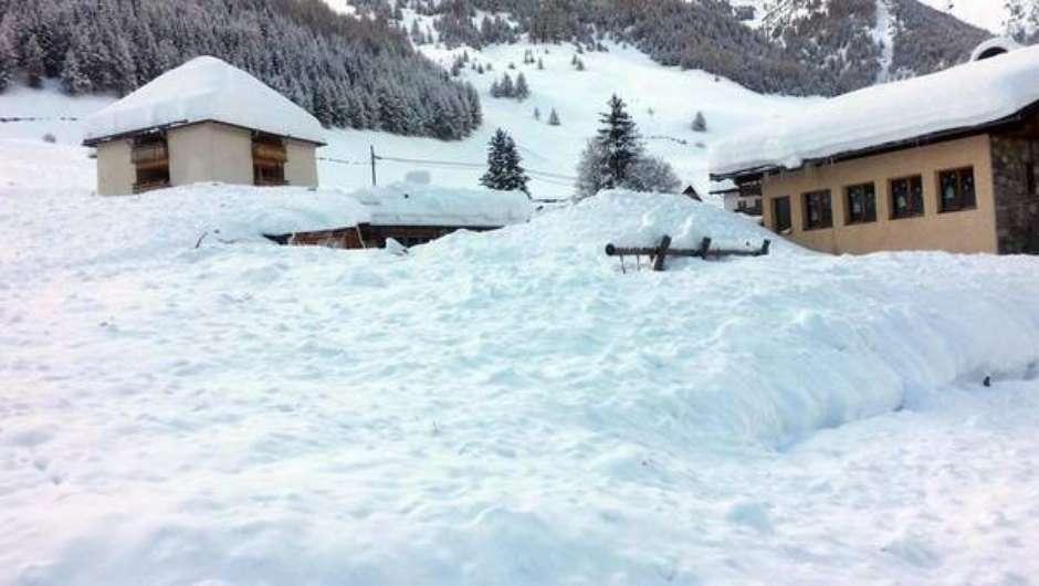 Neve isola cidades italianas