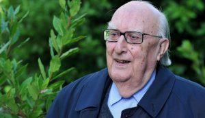 Escritor italiano Andrea Camilleri morre em Roma aos 93 anos