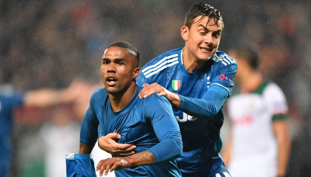Douglas Costa brilha e Juventus se classifica para as oitavas da Champions