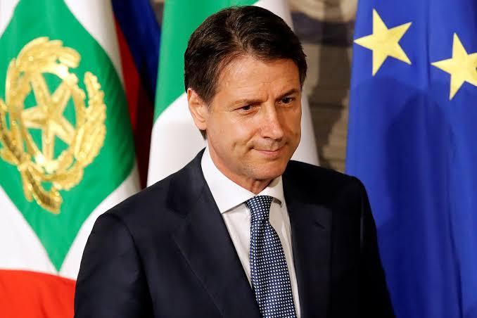 Conte propõe pacto de 10 bi de euros pela saúde