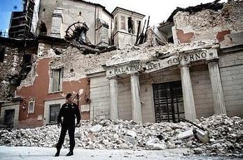 6 de abril: Itália iluminará janelas para lembrar terremoto de L'Aquila