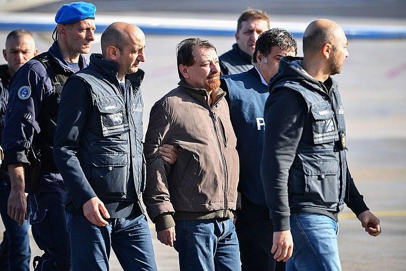 Justiça rejeita pedido de Battisti para prisão domiciliar