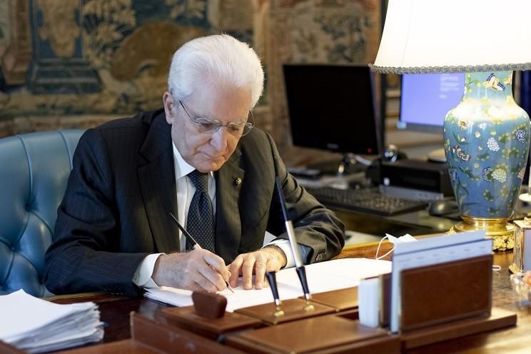 Mattarella promulga lei sobre corte de parlamentares