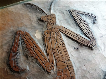 Yoshiki Uchida - Praying Mantis Woodcut, Washi, Sculpture