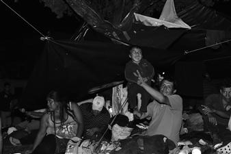 Ada Luisa Trillo - The Migrant Caravan - Risa Photograph on Fine Art Paper, Photography