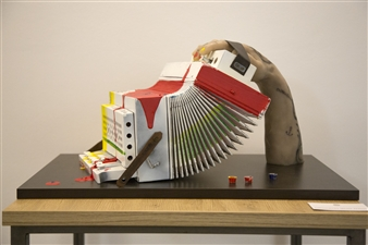 Gabriele Pellerone - Hand & Music Mixed Media, Sculpture