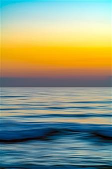 Renzo Sanchez-Silva - Electric Sunset Metal Print, Photography