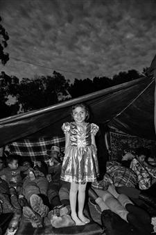 Ada Luisa Trillo - The Migrant Caravan - La Princesa Archival Pigment Print, Photography