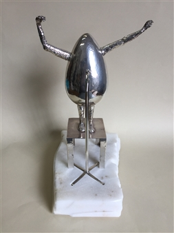 Patricia Olguín - And the Winner Is... Silver Ag 950 & White Alabaster, Sculpture