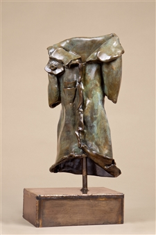 Anita Birkenfeld - Jacket Bronze, Sculpture