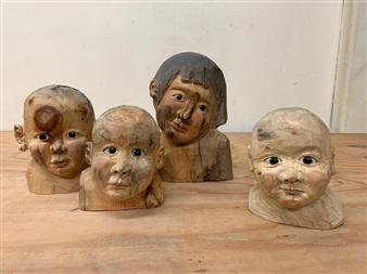 Akemi Fujita - Children Wood, Sculpture