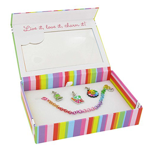 Charm It!Every Day Is Earth Day Gift Set