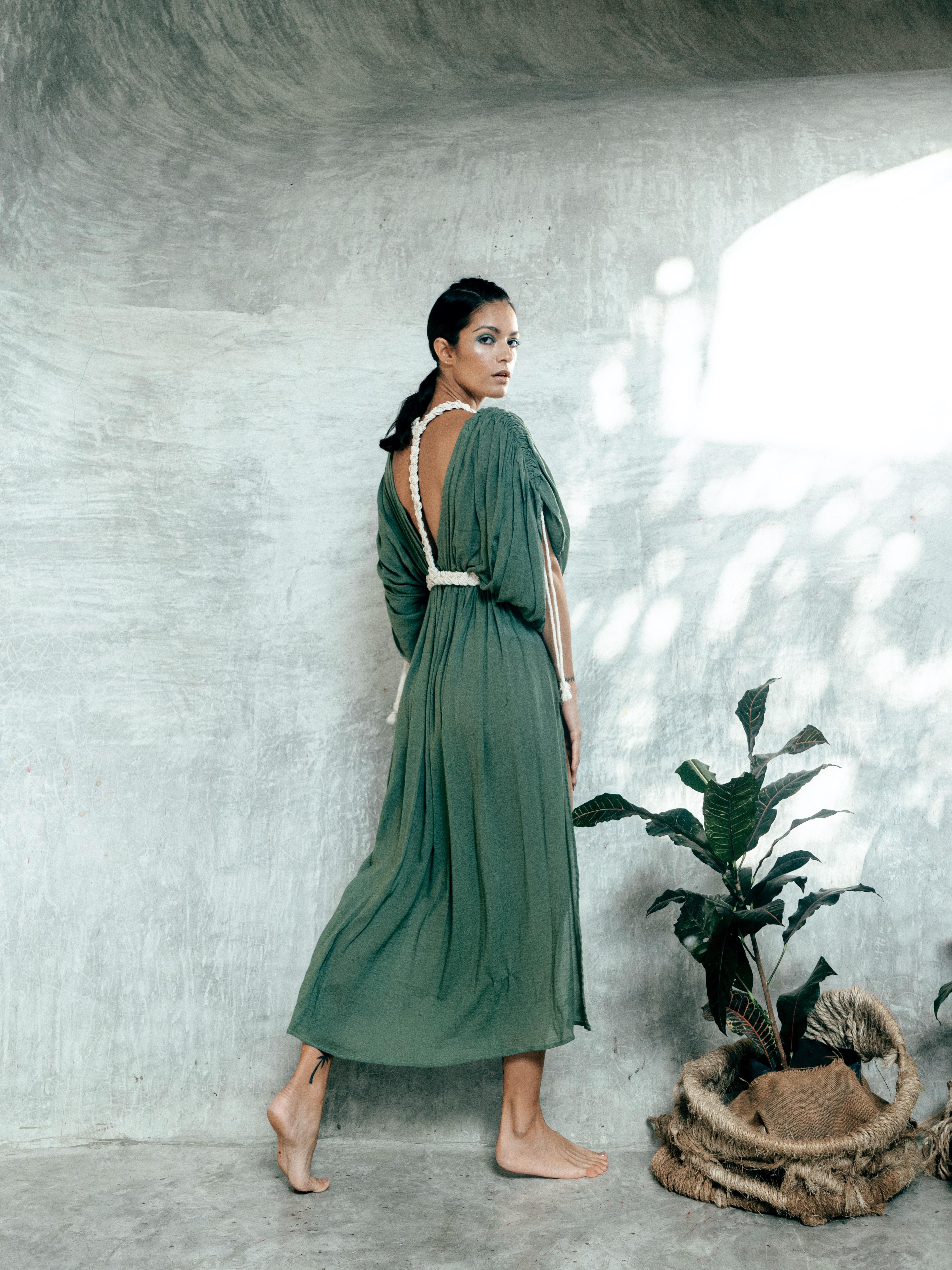 moots dress