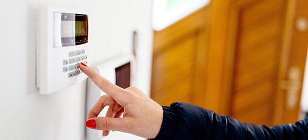 setting-a-burglar-alarm