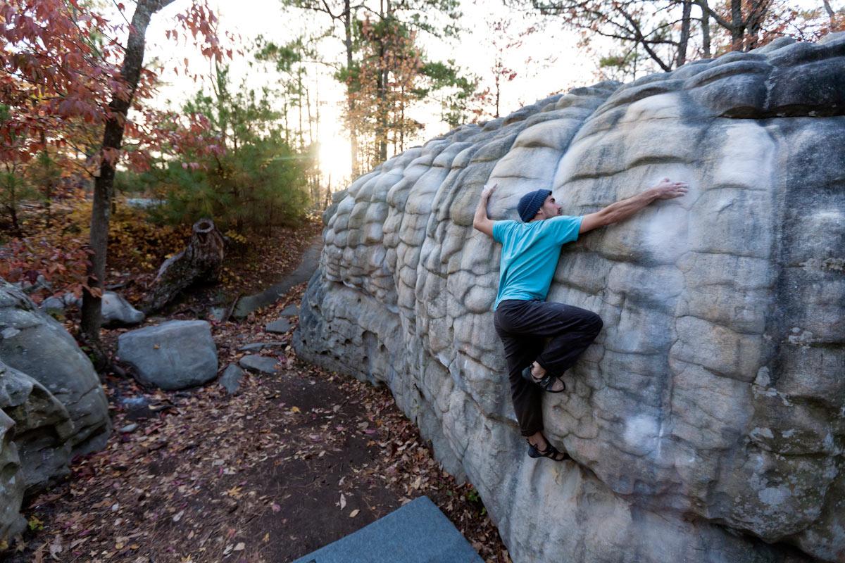 Dan Brechner climbs 'Millipede' V5