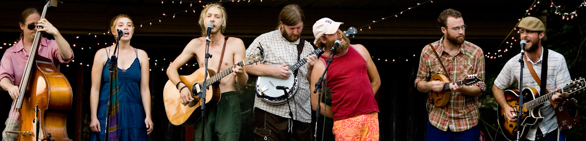 Bonnie Prince Billy and the Picket Line perform a private concert to 300 people.