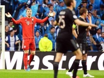 Neuer Reclama Bayern Porto Champions 15/04/2015