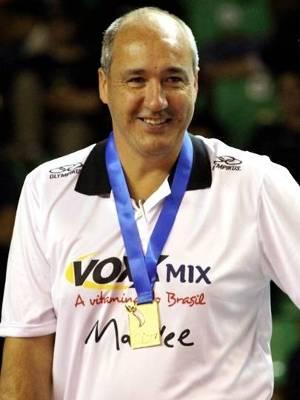 Pacheco, campeão com a Cimed