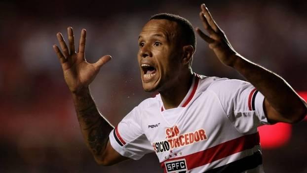 Luis Fabiano será poupado da partida contra o Marília pelo Paulista
