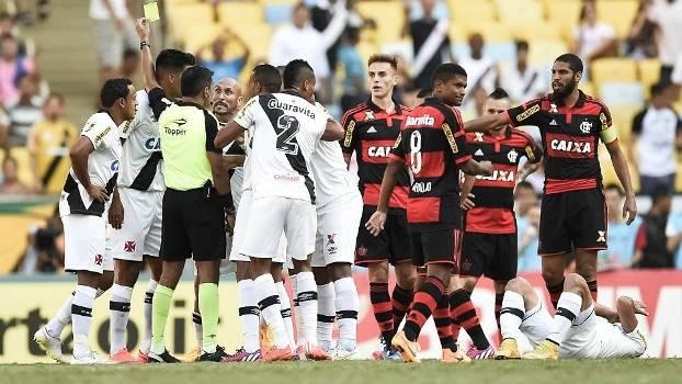 Vasco e Flamengo fizeram um clássico quente neste domingo, no Maracanã