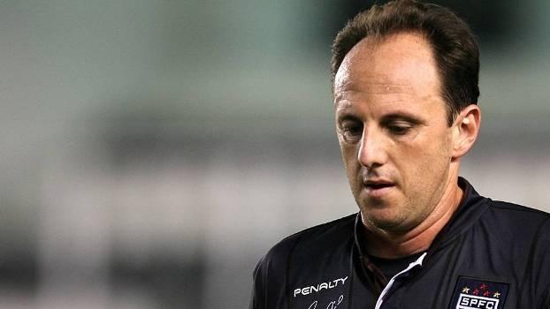 Queda na Vila Belmiro apressa busca do São Paulo por treinador