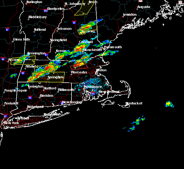 Radar Image for Severe Thunderstorms near Lowell, MA at 8/4/2015 2:23 PM EDT