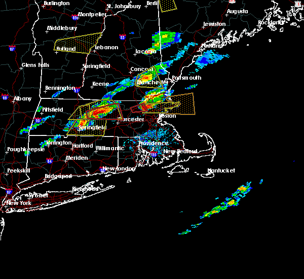 Radar Image for Severe Thunderstorms near Lowell, MA at 8/4/2015 2:52 PM EDT