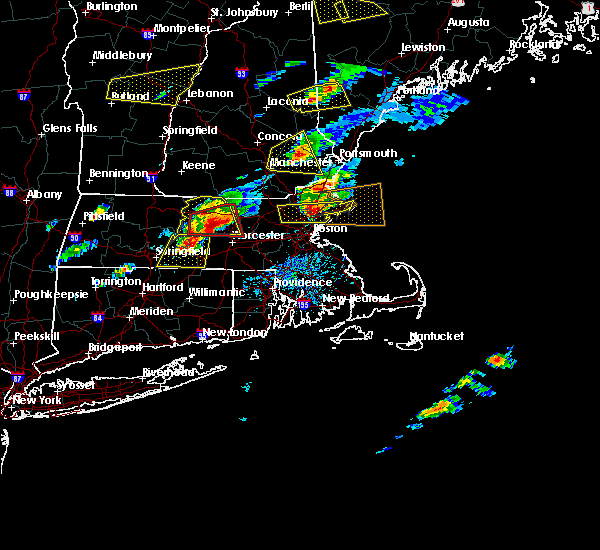Radar Image for Severe Thunderstorms near Beverly, MA at 8/4/2015 3:10 PM EDT