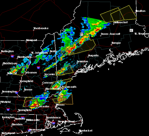 Radar Image for Severe Thunderstorms near Standish, ME at 8/4/2015 3:22 PM EDT