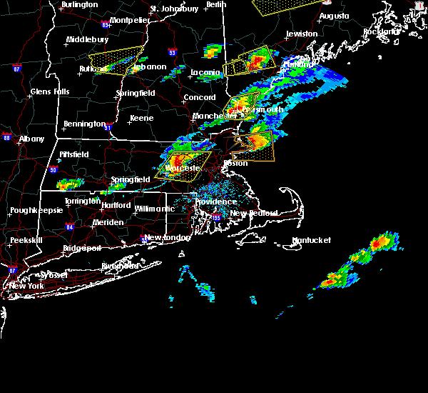 Radar Image for Severe Thunderstorms near Framingham, MA at 8/4/2015 3:40 PM EDT