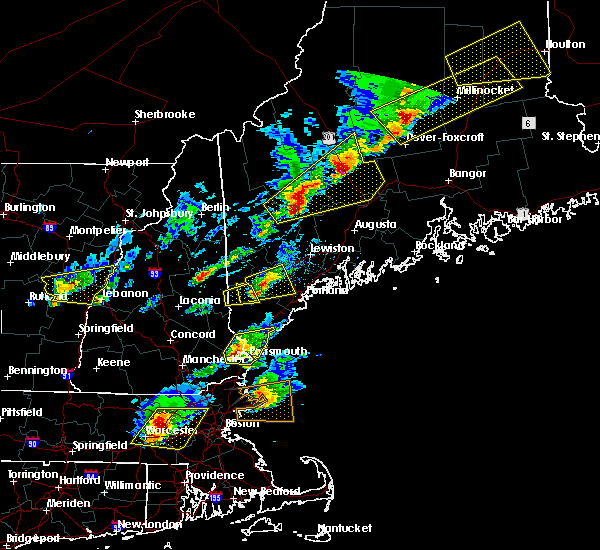 Radar Image for Severe Thunderstorms near Portsmouth, NH at 8/4/2015 3:40 PM EDT