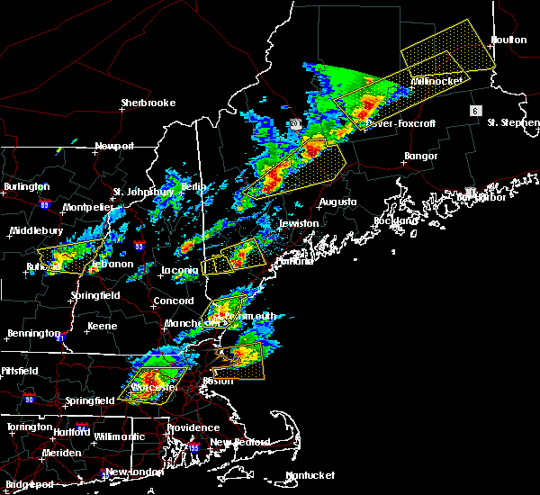 Radar Image for Severe Thunderstorms near Guilford, ME at 8/4/2015 3:43 PM EDT