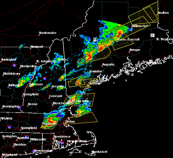 Radar Image for Severe Thunderstorms near Standish, ME at 8/4/2015 3:49 PM EDT