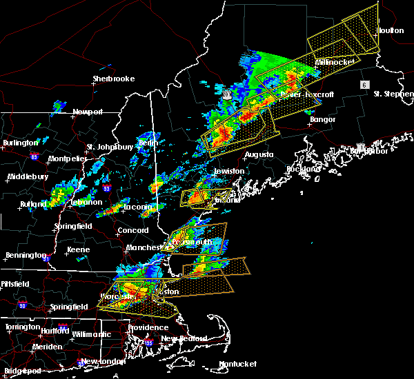 Radar Image for Severe Thunderstorms near Portsmouth, NH at 8/4/2015 4:00 PM EDT