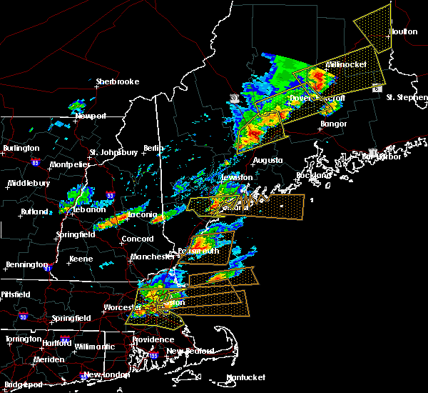 Radar Image for Severe Thunderstorms near Hartland, ME at 8/4/2015 4:19 PM EDT