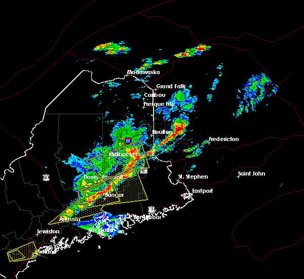 Radar Image for Severe Thunderstorms near Orono, ME at 8/4/2015 5:13 PM EDT