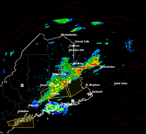 Radar Image for Severe Thunderstorms near Orono, ME at 8/4/2015 5:51 PM EDT