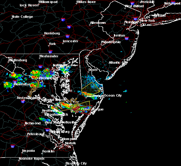 Radar Image for Severe Thunderstorms near Captains Cove, VA at 8/4/2015 6:36 PM EDT