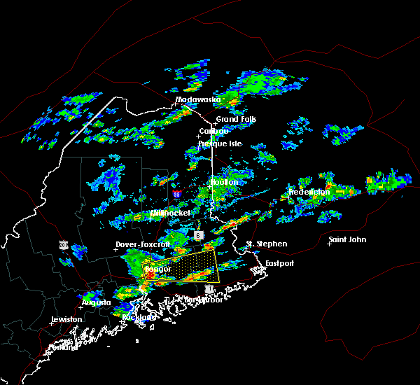 Radar Image for Severe Thunderstorms near Orono, ME at 8/5/2015 4:38 PM EDT