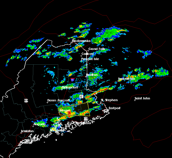 Radar Image for Severe Thunderstorms near Orono, ME at 8/5/2015 4:56 PM EDT