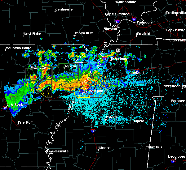 Radar Image for Severe Thunderstorms near West Memphis, AR at 8/5/2015 11:11 PM CDT