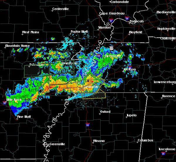 Radar Image for Severe Thunderstorms near Memphis, TN at 8/5/2015 11:45 PM CDT