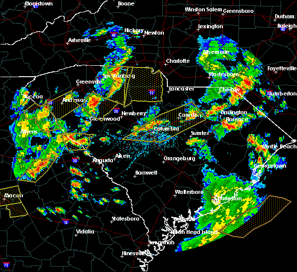 Radar Image for Severe Thunderstorms near Camden, SC at 8/6/2015 4:36 PM EDT