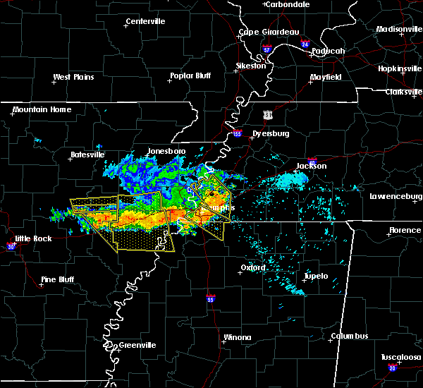 Radar Image for Severe Thunderstorms near Memphis, TN at 8/7/2015 8:31 AM CDT