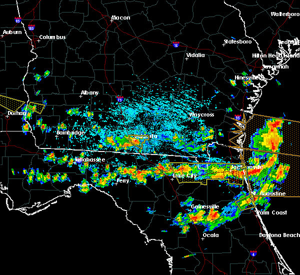 Radar Image for Severe Thunderstorms near Jennings, FL at 8/7/2015 3:42 PM EDT