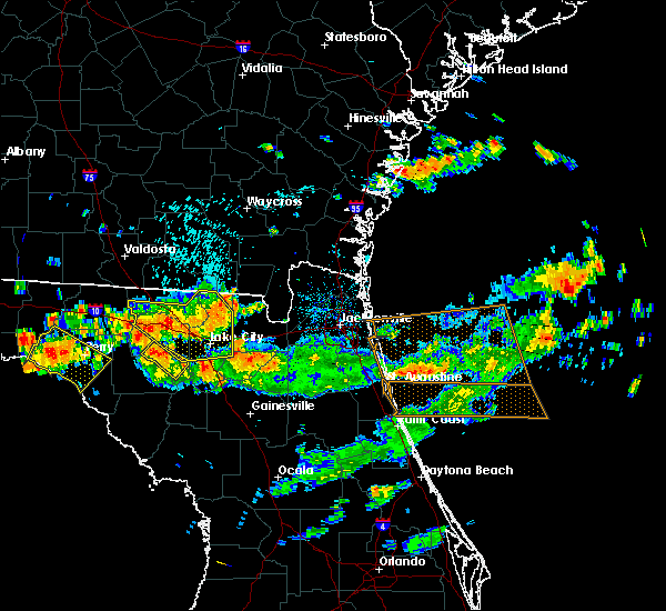 Radar Image for Severe Thunderstorms near Macclenny, FL at 8/7/2015 5:07 PM EDT