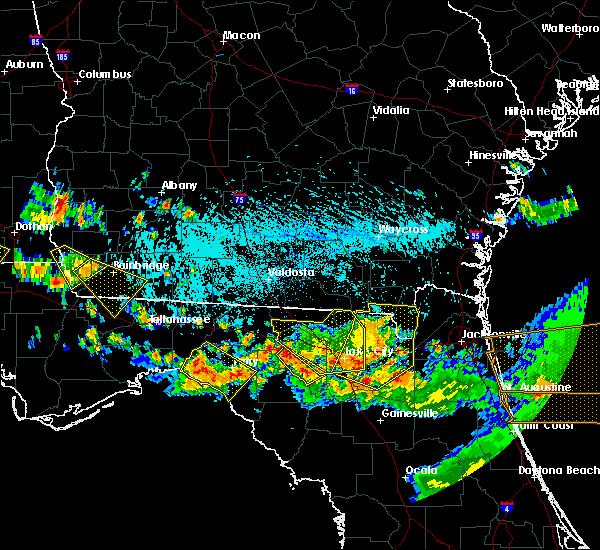 Radar Image for Severe Thunderstorms near Branford, FL at 8/7/2015 5:24 PM EDT