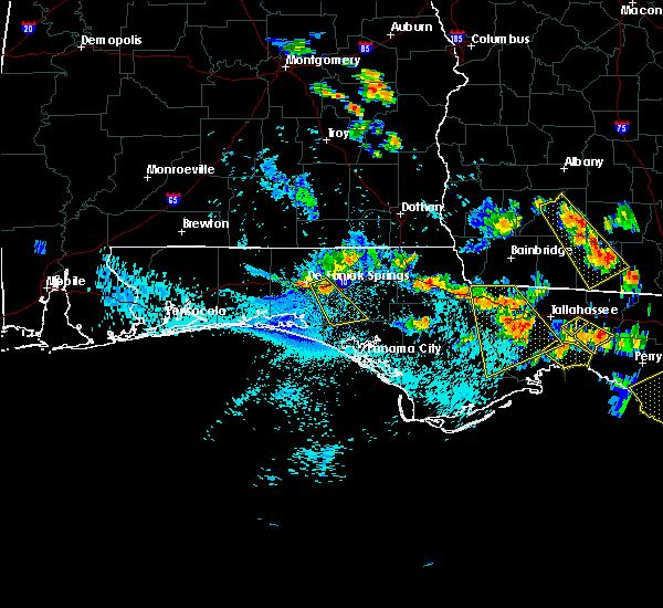 Radar Image for Severe Thunderstorms near Ponce de Leon, FL at 8/7/2015 5:11 PM CDT