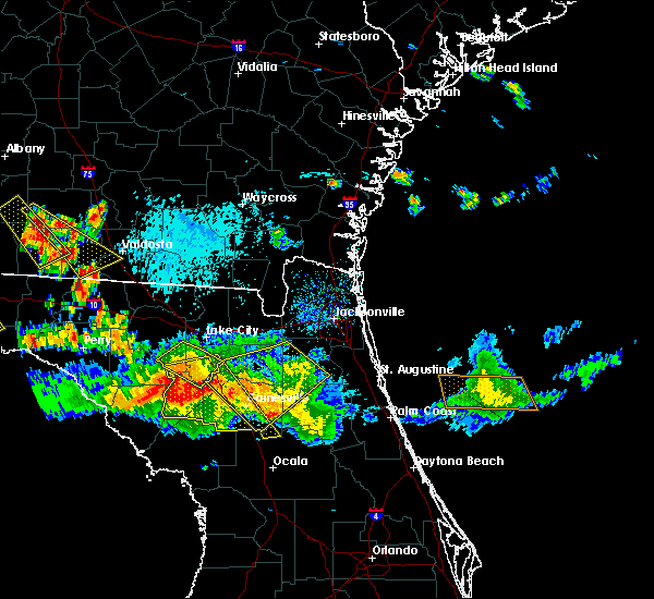 Radar Image for Severe Thunderstorms near Gainesville, FL at 8/7/2015 6:36 PM EDT