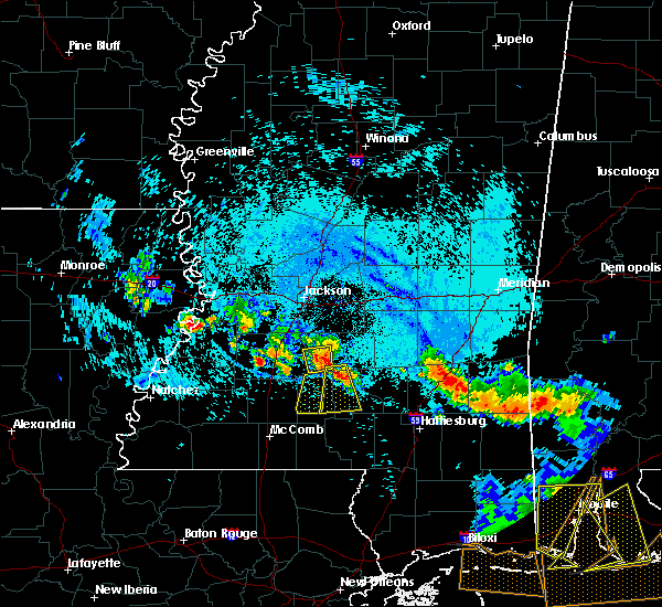 Radar Image for Severe Thunderstorms near Monticello, MS at 8/8/2015 6:35 PM CDT